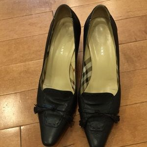 Authentic Burberry heels, in good condition!